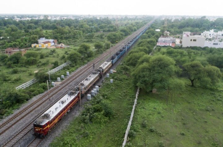 India's longest goods Train ever SheshNaag - The Wall Post