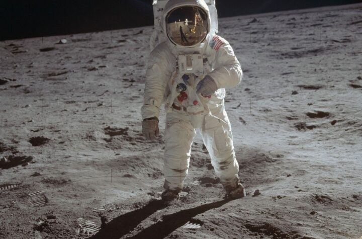 NASA Plans for Manned Moon Mission again Costs $28 Billion - The Wall Post