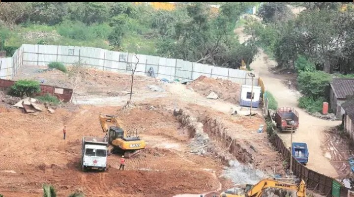 Maharashtra CM, constructed Aarey Metro shed and shift the project to Kanjurmarg- The Wall Post