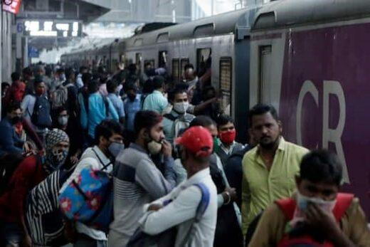 Maharashtra News: As COVID-19 cases in Mumbai are rising again, the BMC has come under pressure again, Mumbai City's local trains - The Wall Post