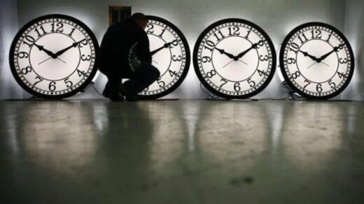 100-year-old Japanese clock that stopped after 2011 Earthquake starts ticking again after 10-years - The Wall Post