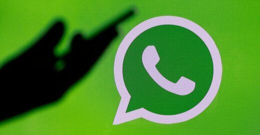 व्हाट्सएप (WhatsApp) में पहचाने जाने वाले एक खामियों को ऑनलाइन स्थिति के माध्यम से स्टॉकिंग करने की सुविधा मिलती है