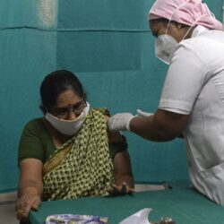 Maharashtra vaccinates over 10.96 lakh people against COVID-19 in a single day