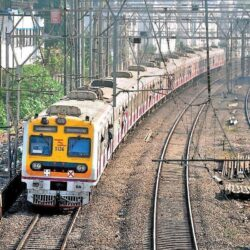 Pune – Lonavala local train to resume soon for vaccinated passengers.